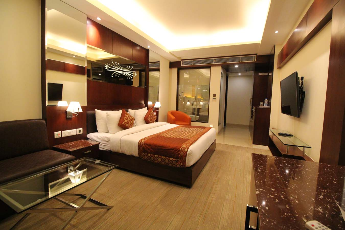http://hotelgoldengrand.com/images/pages/170809184914.4.jpg